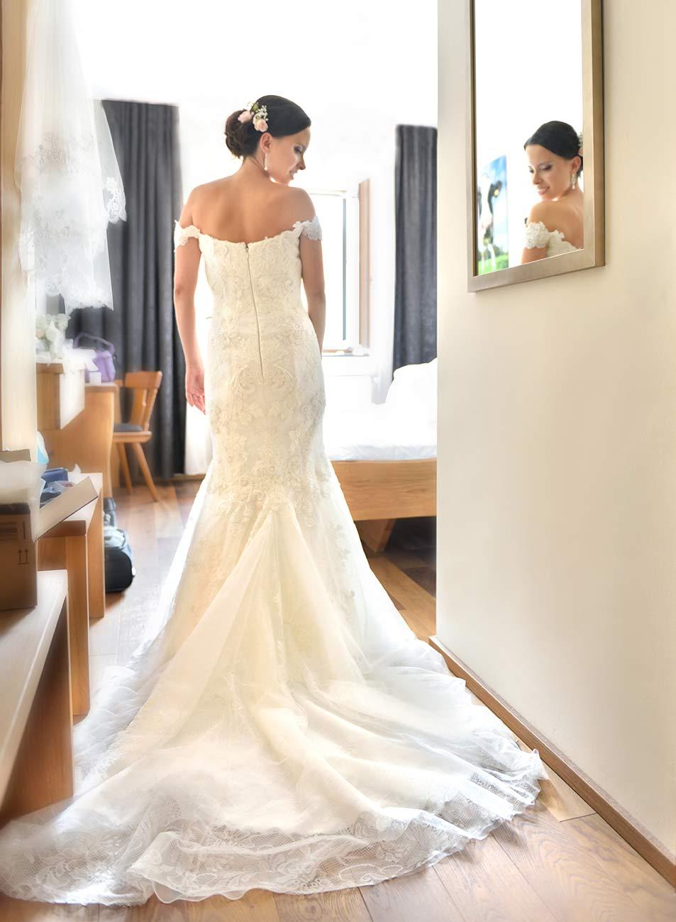 03 svatebni foto osterreich Hochzeitsfotograf gmunden Braut