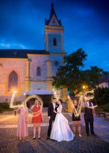 08 svatebni foto hluboka nad Vltavou jihocesky kraj nevesta a zenich fotograf na svatbu jizni cechy