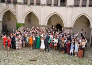 09 svatba skupinove foto zvikov svatebni fotograf fojihocesky kraj ales motej