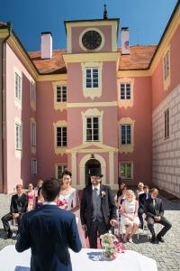 15 svatebni slavnost zamek mitrowicz svatebni fotograf ales motejl jizni cechy