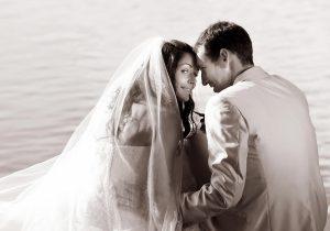 19 svatba zenich nevesta u vody ceske budejovice svatebni fotograf ales motejl