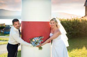 19 svatebni foto nevesta s zenichem lipno svatebcani a zapad slunce svatebni fotograf ales motejl jihocesky kraj