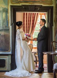 19 zenich a nevesta zamek mitrowicz kolodeje nad luznici svatebni fotograf ales motejl jizni cechy