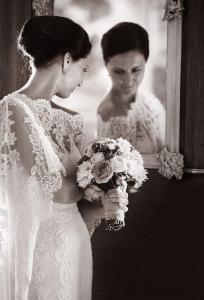 23 nevesta v vzrcadle zamek mitrowicz svatebni fotograf ales motejl jizni cechy