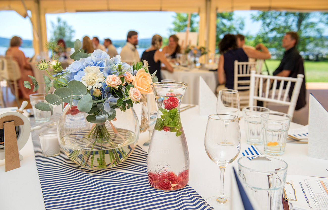 23 svatebni foto nevesta s zenichem lipno svatebni hostina svatebni fotograf ales motejl jihocesky kraj