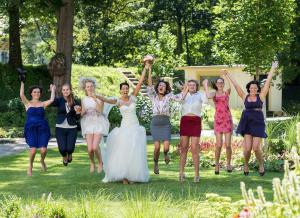27 skupinova svatebni fotografie zamek mitrowicz svatebni fotograf ales motejl jizni cechy