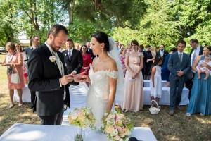 21--svatebni-foto-svatebni-obrad-gmunden-Bräutigam-und-Braut-am-Traunsee