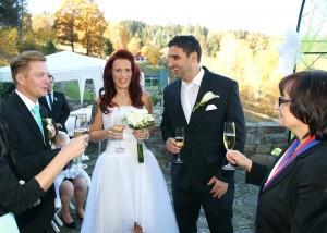 10-svatebni-pripitek-rozmberk-svatebni-fotograf-ales-motejl-jihocesky-kraj