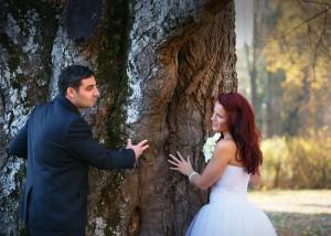 19-svatebni-foto-zenich-a-nevesta-rozmberk-nad-vltavou-svatebni-fotograf-ales-motejl-jizni-cechy