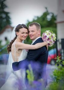 13-svatebni-portret-novomanzele-sobeslav-fotograf-ales-motejl-jizni-cechy
