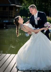 23-svatebni-aranzovana-fotografie-svatebni-fotograf-ales-motejl-jizni-cechy
