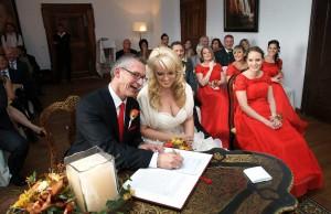 13-Braut-Bräutigam-Hochzeit-linz-Hochzeitsfotograf-bad-leofelden