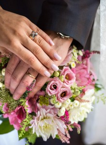 05-svatebni-kytice-a-prstynky-svatebni-fotograf-ales-motejl