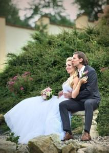 17-svatebni-aranzovana-fotografie-zdiky-u-kaplice-svatebni-fotograf-ales-motejl-jizni-cechy
