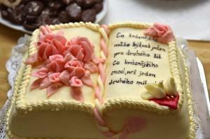 26-svatebni-kniha-dort-cesky-krumlov-svatebni-fotograf-ales-motejl-jihocesky-kraj